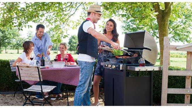 faire-un-barbecue-en-famille